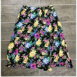 LUSH Skirt M Medium Floral Print J1862